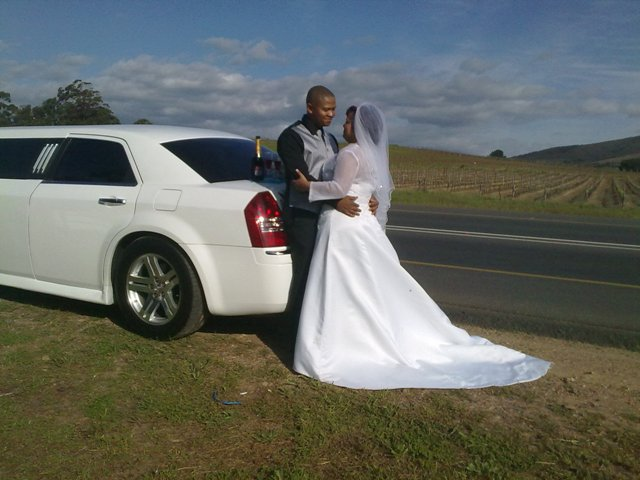 wedding-limousine-hire-chrysler